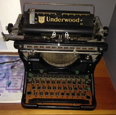"""Back inside the inn I stopped in what they call the """"media room"""" and saw this wonderful old typewriter. They say Mark Twain bought a typewriter and hated it so much he exchanged it for a buggy whip."""